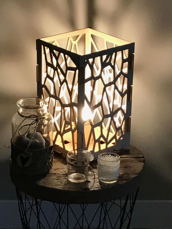 Design lamp hout free design hanglamp flower houten for Design lamp hout